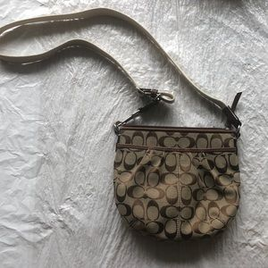Like new coach cross body purse